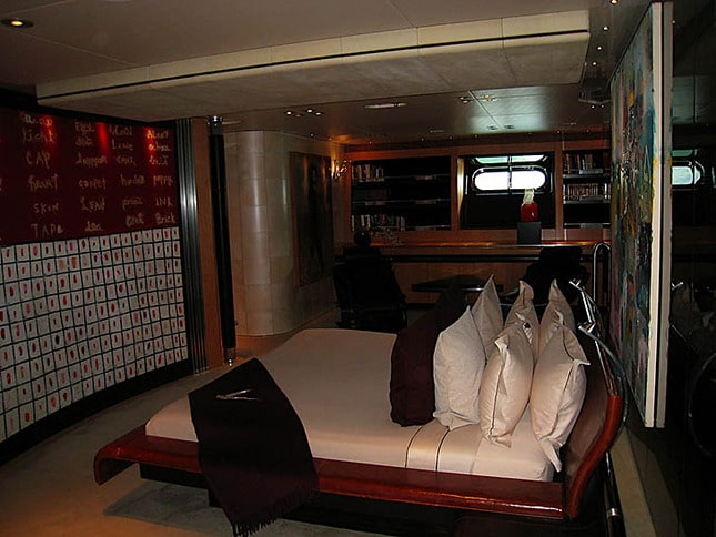 A Guest Cabin on the Maltese Falcon