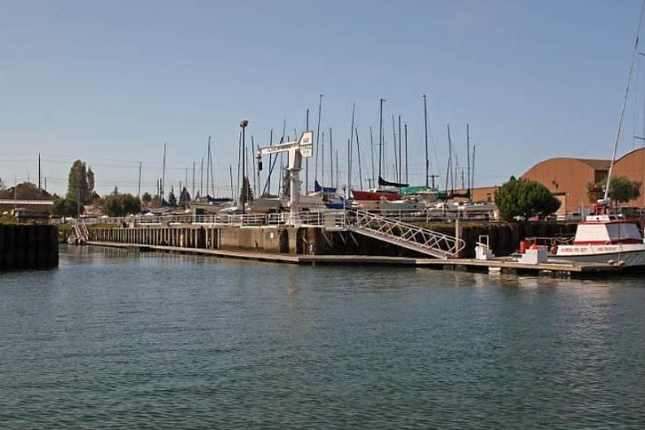 Alameda Marina's Crane Lift