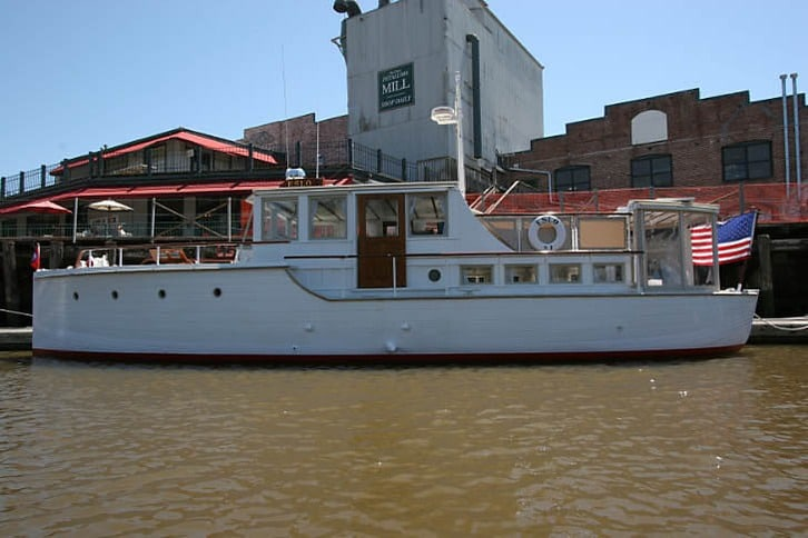 Eslo Yacht