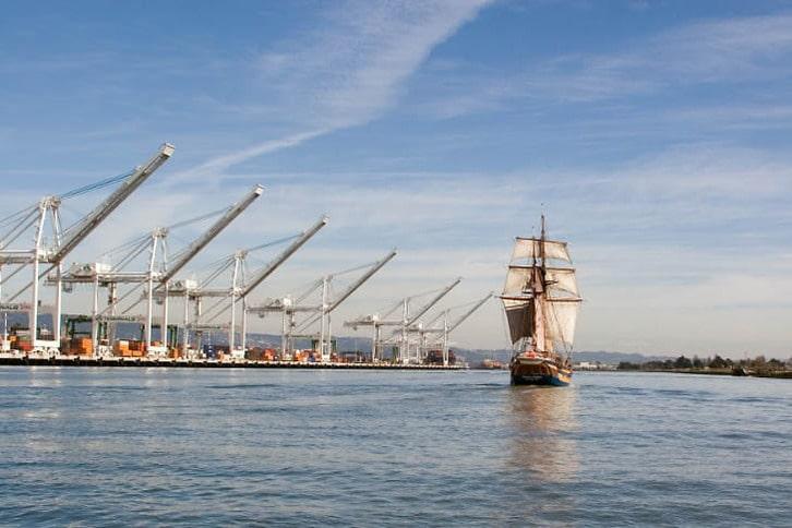 Hawaiian Chieftain Sails Down the Estuary