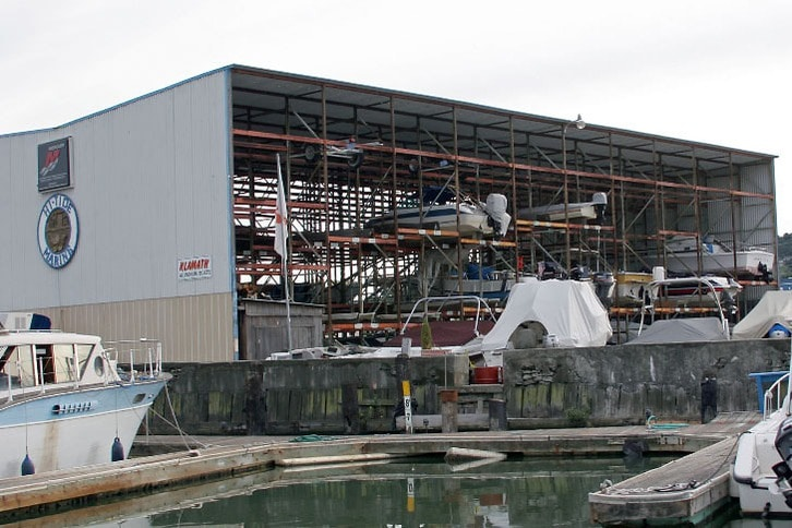 Hi-Tide Marina Dry Stack Boat Storage