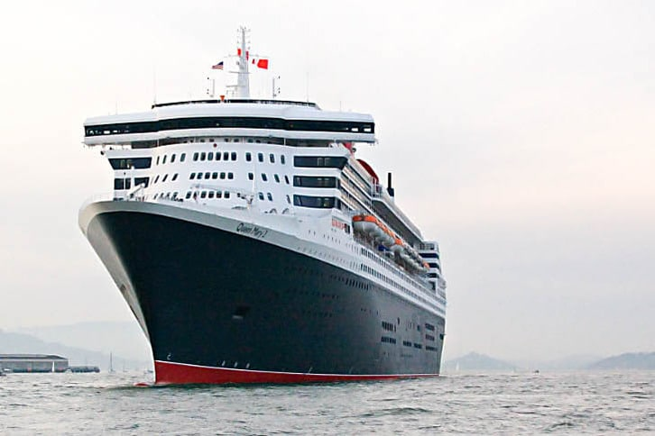 Queen Mary 2 Bow Close Up