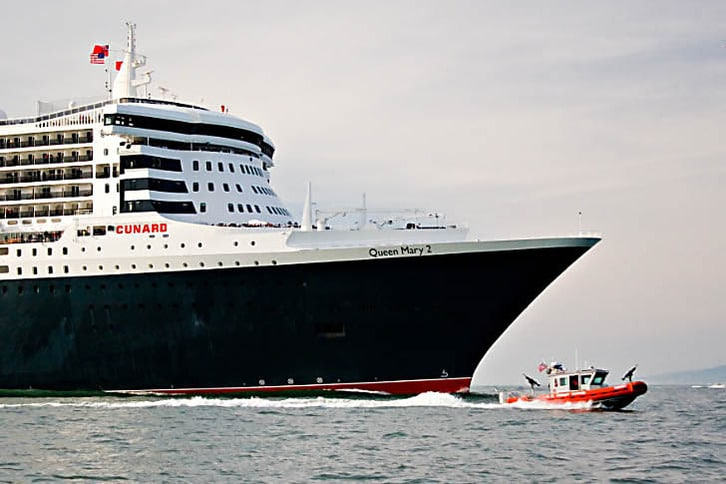 Queen Mary 2 Bow