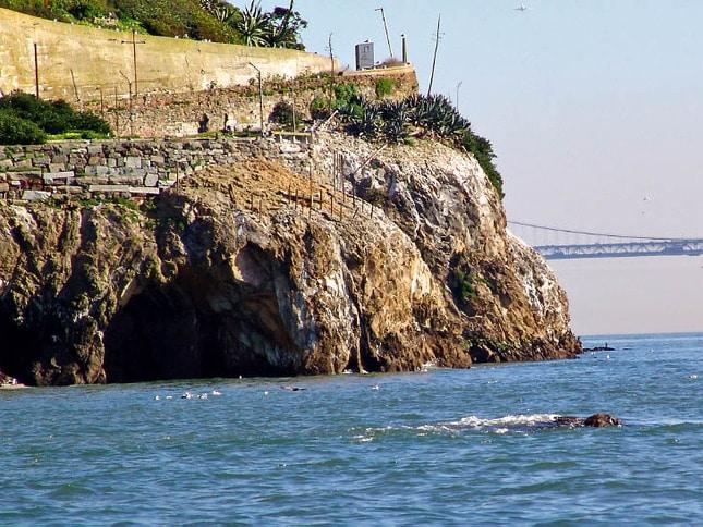 Rocks off Alcatraz