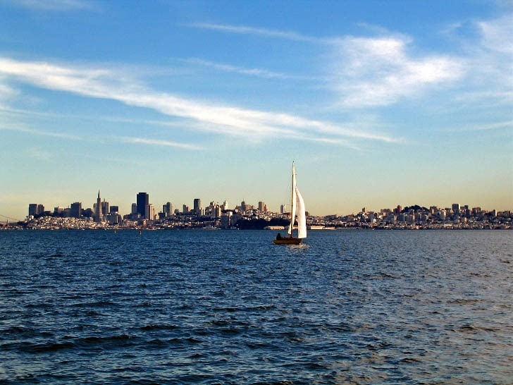 sailing across san francisco bay