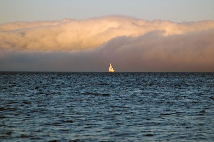 Sailing Under a Beautiful Cloud