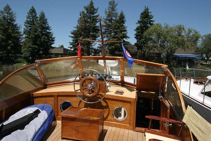 Stevens Yacht Flybridge