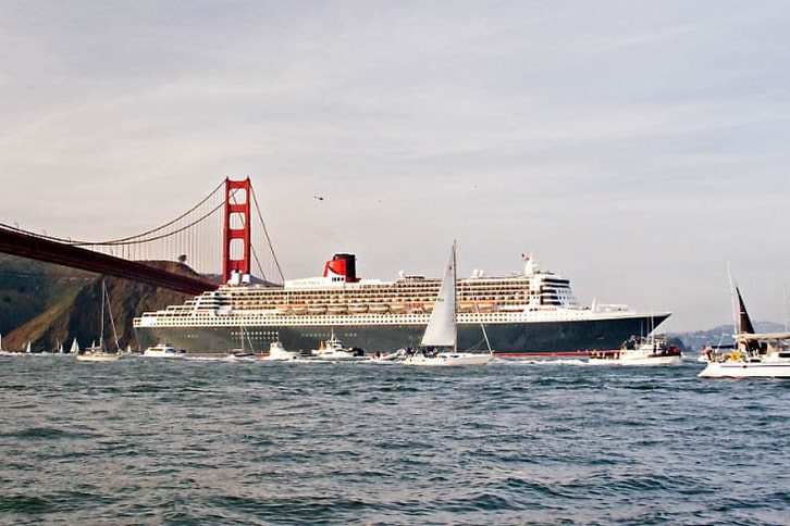 The Queen Mary 2 Enters San Francisco Bay