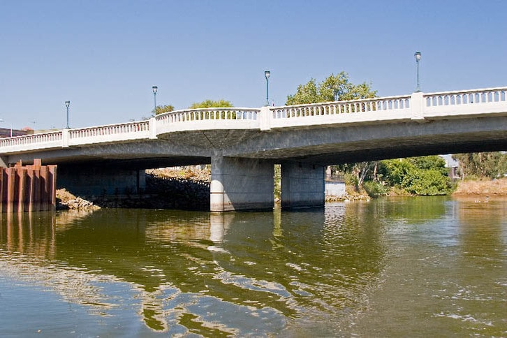 The Third Street Bridge Marks the Effective End of the Navigable River