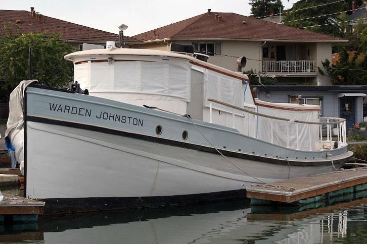 Warden Johnston Classic Motoryacht